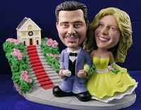 Sporty Wedding Couples 2 Personalized Bobble Head | Gift ideas for weddings