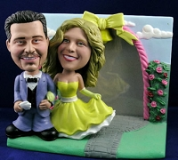 Sporty Couple With Frame Personalized Bobble Head | Gift ideas for weddings