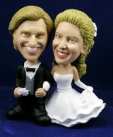 Wedding Cake Topper Custom Bobble Head | Gift ideas for weddings