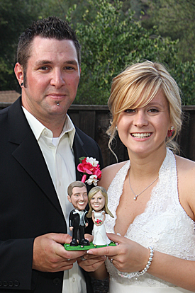 bobblehead cake topper / bride and groom bobblehead / groomsmen bobbleheads / bride bobblehead
