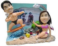 Custom Bobble Head Couple | Surfer Beach Scene Bobble Head