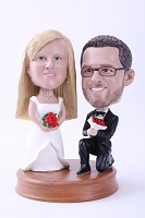 Proposing Wedding Couple Custom Bobble Head Premium | Gift ideas for weddings