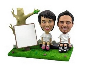 Park Day Couple Custom Bobble Head | Gift Ideas