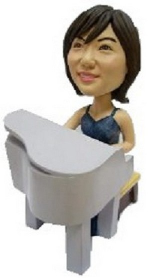 Custom Bobble Head Women With Piano | Gifts For Women