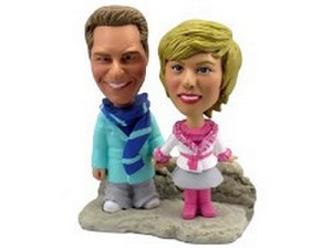 Winter Couple Custom Bobble Head Burr | Gift Ideas For Couples