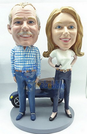 Couple With A Vespa Custom Bobble Head | Gift Ideas For Couples