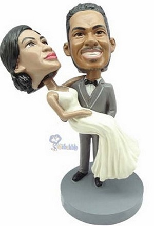 Wedding couple custom bobblehead doll carry