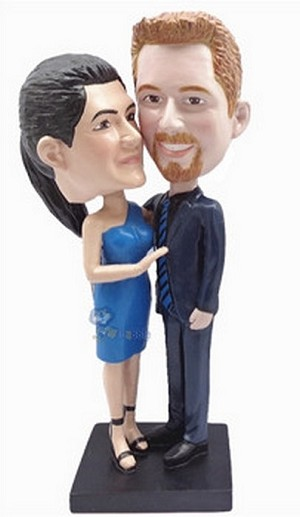Happy couple custom bobblehead doll 2