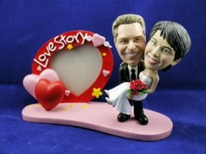 Man and Women frame with love custom bobblehead doll